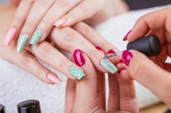 How to Become a Nail Design Guru with Online Academies